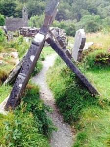 grave glendalough