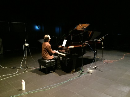 Rob Phillips tinkling the ivories at Showplace Peterborough
